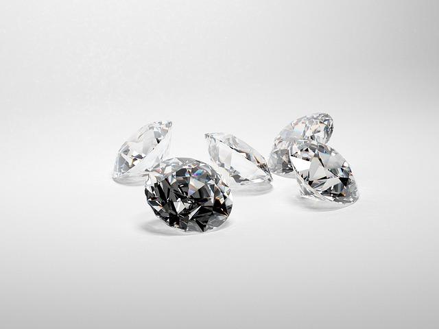 איזה סוג זהב מתאים ליהלום שלכם?